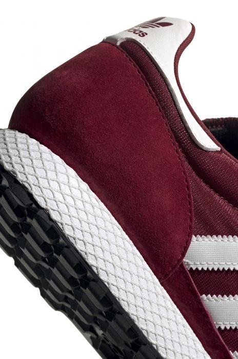 f1724a7bd0 Tenis Adidas FOREST GROVE Collegiate Burgundy/Cloud White/Core Black